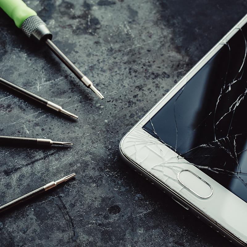 Fiksist At Your Door iFix iPhone iPad MacBook iMac Apple Watch Repair Service